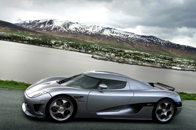 Koenigsegg in Iceland Photos: Thorvaldur Örn Kristmundsson mail: thorvaldur@centrum.is tel: +354 892 0004